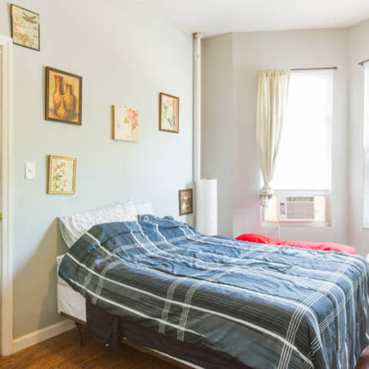 cozy furniture brooklyn. Cozy Private Room With Ensuite Bathroom, Short Term House In Brooklyn \u2013 Gloveler Furniture