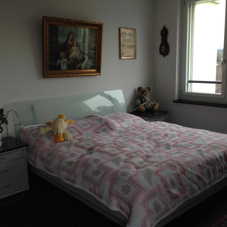 Top modernes Zimmer mit eigenem Badezimmer, short term room in ...